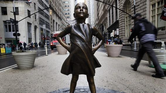 State Street Global Advisors「Fearless Girl」